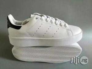 Men High Quality Adidas Slide Pure White Sneakers Shoe | Shoes for sale in Lagos State, Surulere