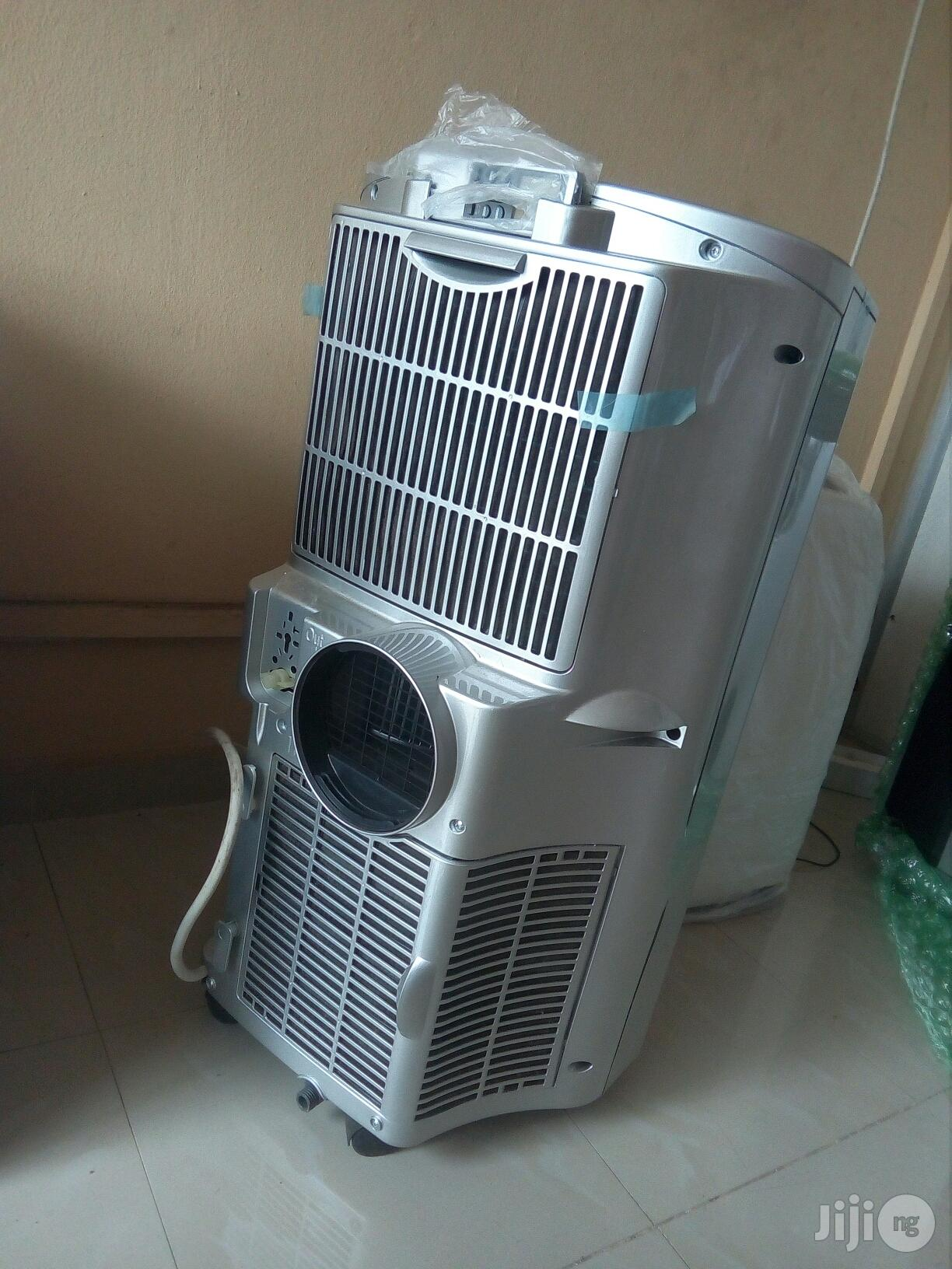 LG Air Conditioner | Home Appliances for sale in Ikeja, Lagos State, Nigeria
