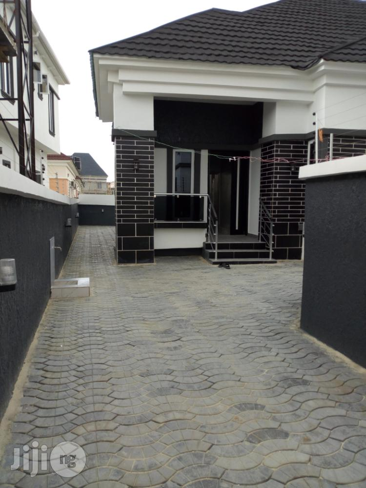 3 Bedrooms Bungalow With Bq Apartment for Sale