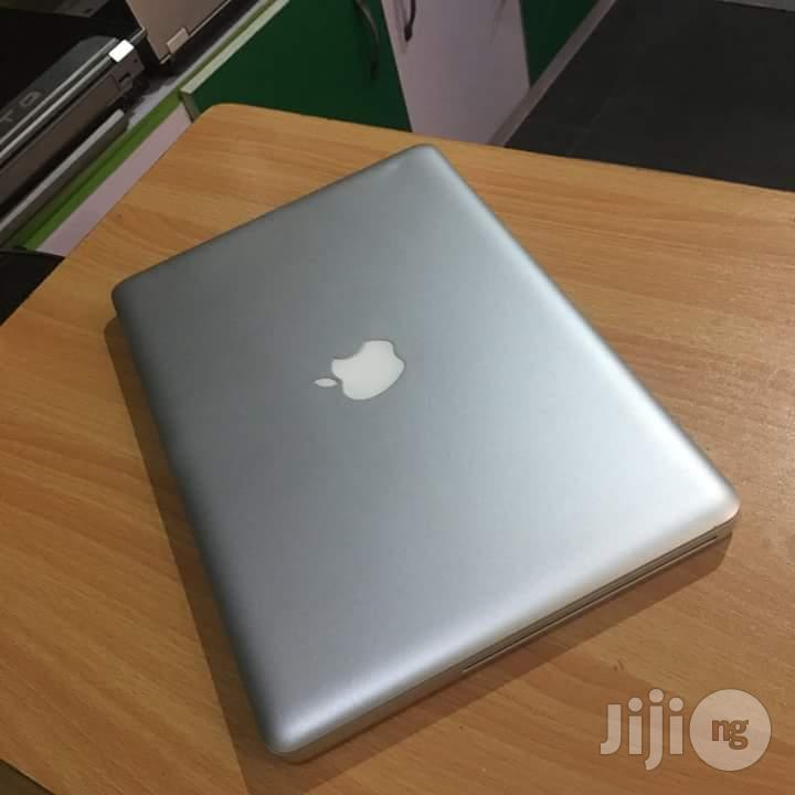 Very Clean UK Used Apple - 13 Inches 320GB HDD 4GB RAM