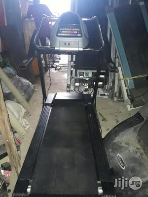 Newlyimported Foreign Used 4.5hp Advance Treadmill | Sports Equipment for sale in Lagos State, Ajah