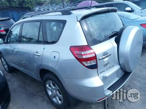 Toyota RAV4 2010 3.5 Limited 4x4 Silver | Cars for sale in Lagos State, Apapa
