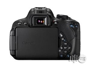Canon EOS 700D Digital SLR Camera With 3 Inch LCD - Black   Photo & Video Cameras for sale in Lagos State