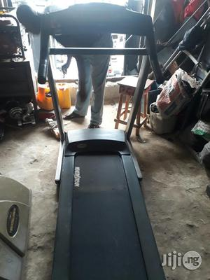 Clean 4hp Treadmill for Sale | Sports Equipment for sale in Lagos State, Ajah