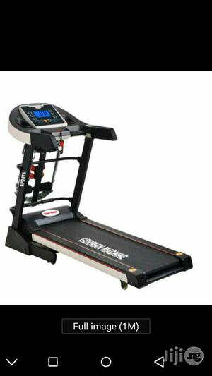 2.5hp De Young Treadmill With Massager | Massagers for sale in Lagos State, Ikeja