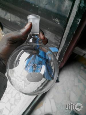 Round Bottom Flask 1000ml Pyrex Quick Fit | Medical Supplies & Equipment for sale in Rivers State, Port-Harcourt