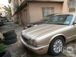 Jaguar XJ 2000 Gold | Cars for sale in Lagos State, Ikeja