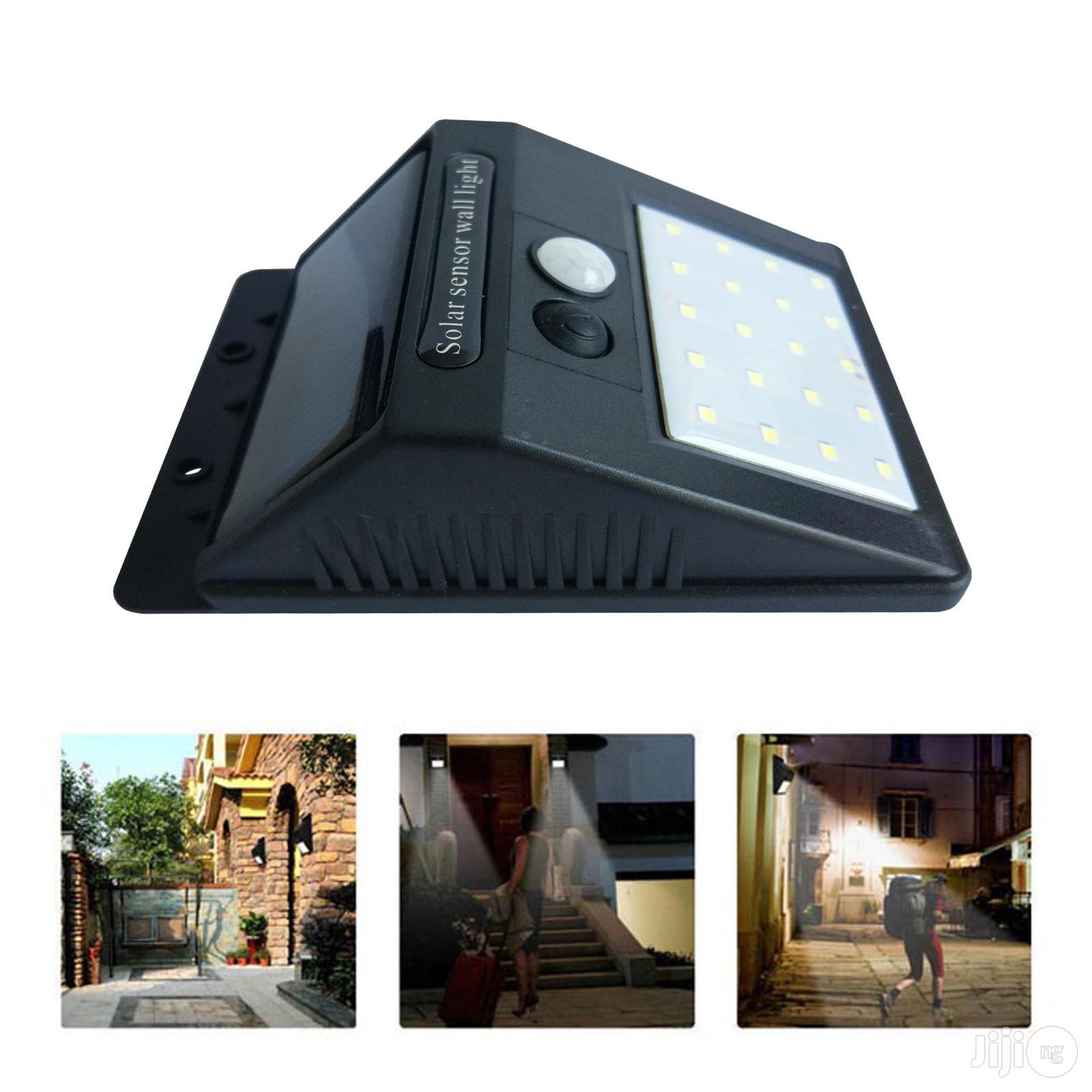 20 LED Solar Powered Motion Sensor Light.