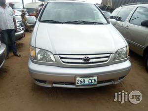 Toyota Sienna 2002 Silver | Cars for sale in Lagos State, Apapa