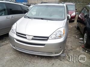 Toyota Sienna 2004 Silver   Cars for sale in Lagos State, Apapa