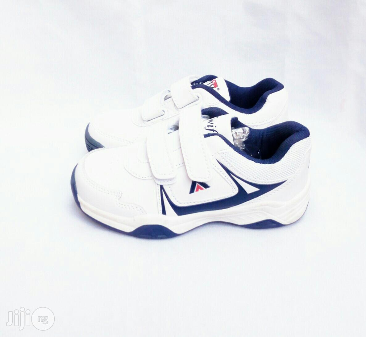 White Canvas With Blue Inner Lining