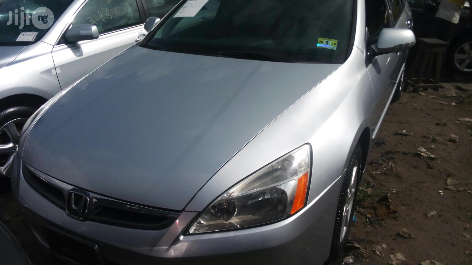 Archive: Honda Accord 2005 2.4 Type S Silver