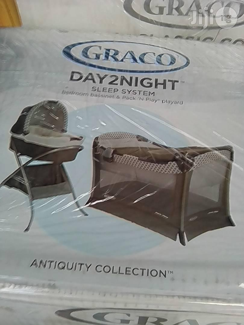 Graco 2 in 1 Baby Bed