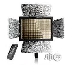 Yongnuo Video Light LED YN600L With 2 Battery & 1 Charger