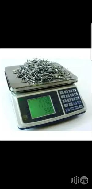 Camry Dc Series Digital Pcs Counting Scale 15/30kg   Store Equipment for sale in Lagos State, Lagos Island (Eko)
