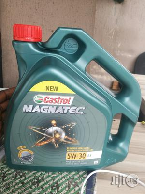 Land Rover Engine Oil Castrol | Vehicle Parts & Accessories for sale in Lagos State, Amuwo-Odofin