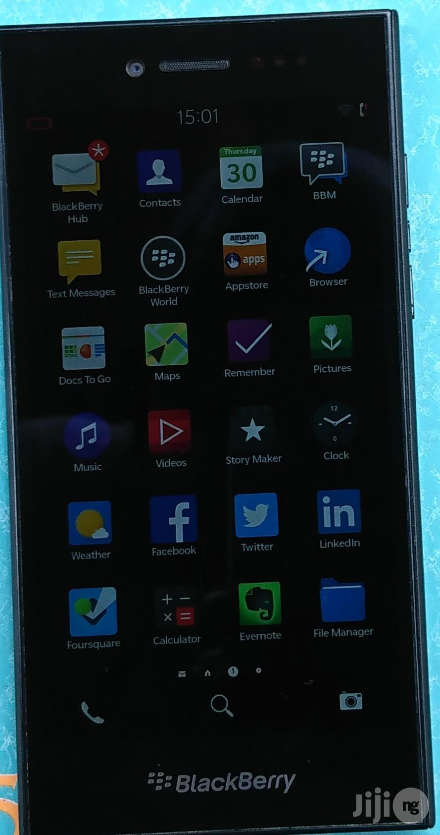 Blackberry Leap 16 GB   Mobile Phones for sale in Lagos State, Nigeria
