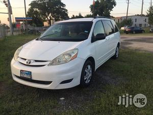 Toyota Sienna 2007 White | Cars for sale in Lagos State, Surulere