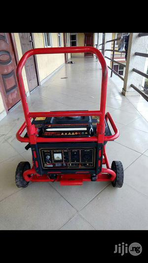 Neatly Used 3.2kva Elepon Eco3990es Keystart 100% Coppercoil Generator | Electrical Equipment for sale in Rivers State, Port-Harcourt