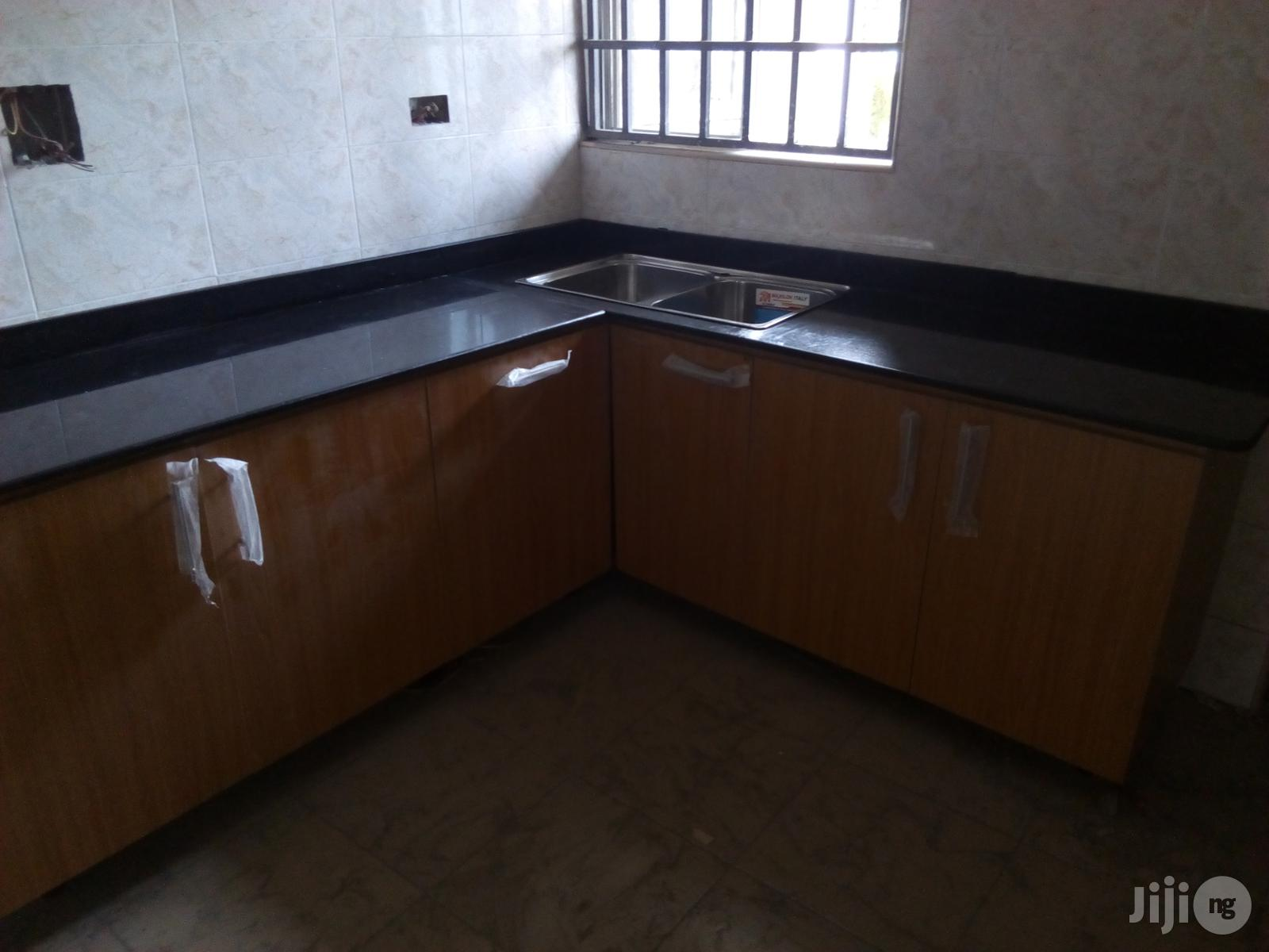 Granite Top And Cabinet For Homes And Offices