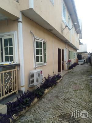 Very Neat 3 Bedroom Flat at Magodo Phase 1 | Houses & Apartments For Rent for sale in Lagos State, Magodo