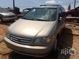 Toyota Sienna 2002 Gold | Cars for sale in Lagos State, Apapa