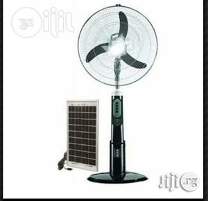 """18"""" Qasa Rechargeable Fan + Solar Panel 