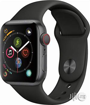 Apple Watch Series 4 40mm With Gps - Black | Smart Watches & Trackers for sale in Lagos State, Ikeja