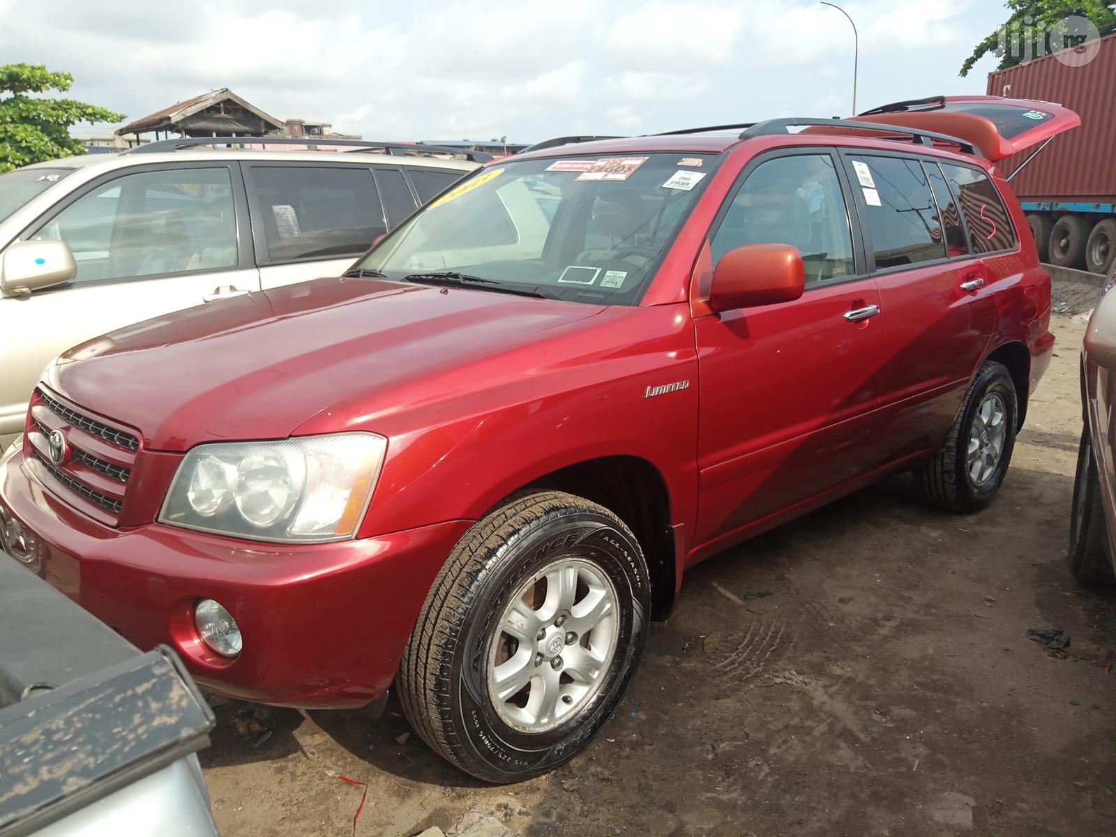 Archive: Toyota Highlander 2003 Red