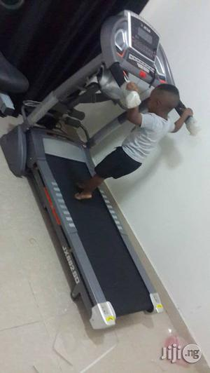 Junia 2.5hp Treadmill With Massage, Twister and Incline   Massagers for sale in Lagos State, Surulere