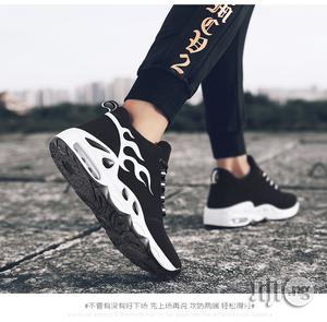 Classic Men Sneakers Casual Breathable Running Sports Shoe -Premium | Shoes for sale in Lagos State