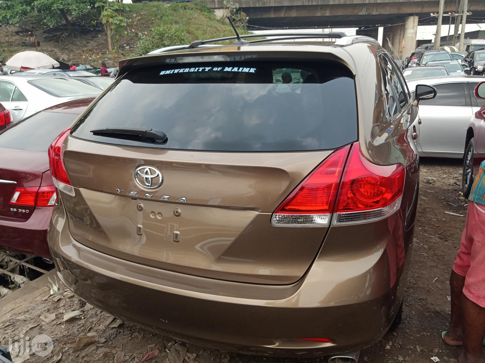 Toyota Venza 2010 Brown | Cars for sale in Apapa, Lagos State, Nigeria