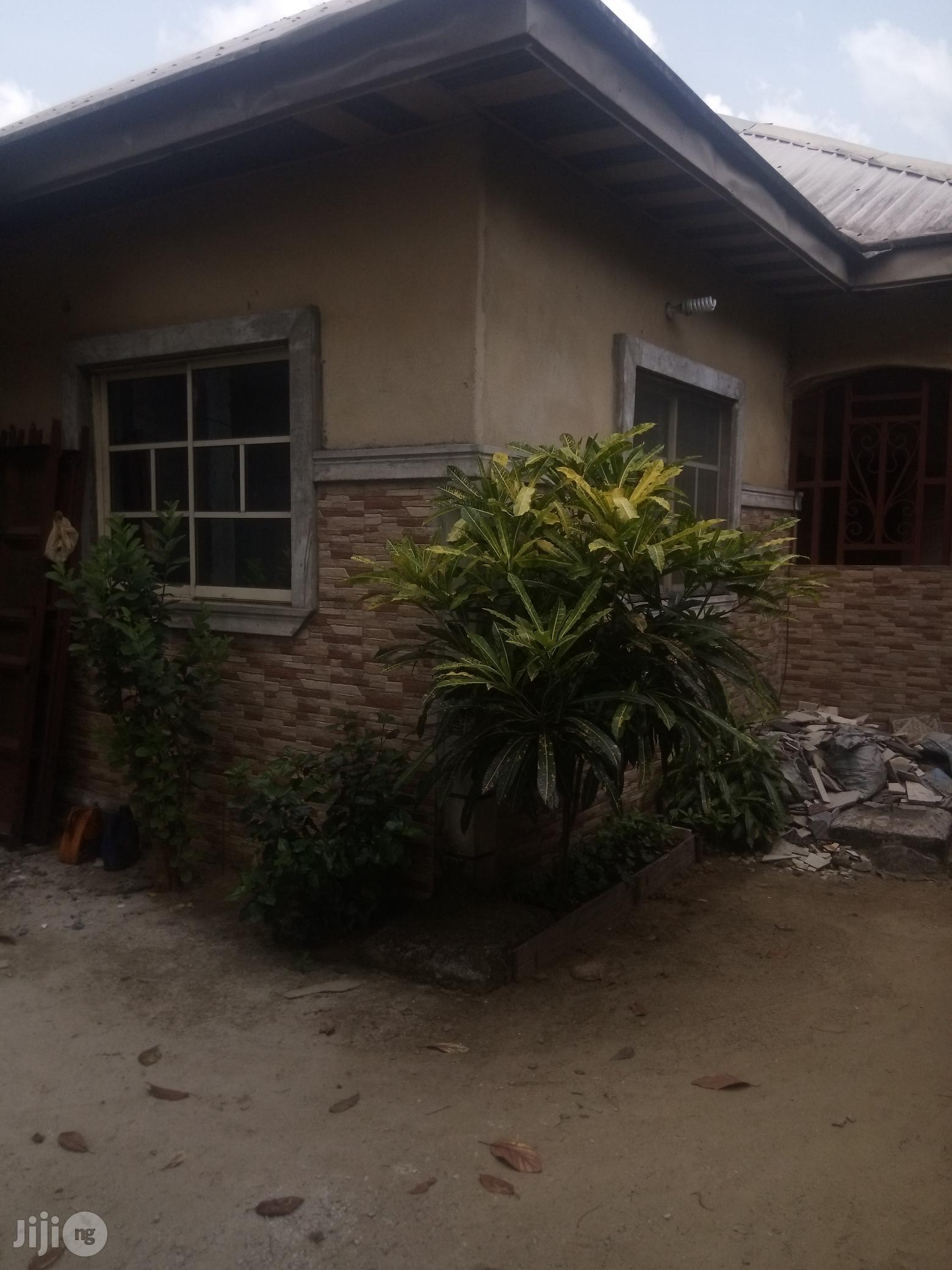 A Beautiful 3 Bedroom Flat Rupokwu, Port Harcourt For Sale