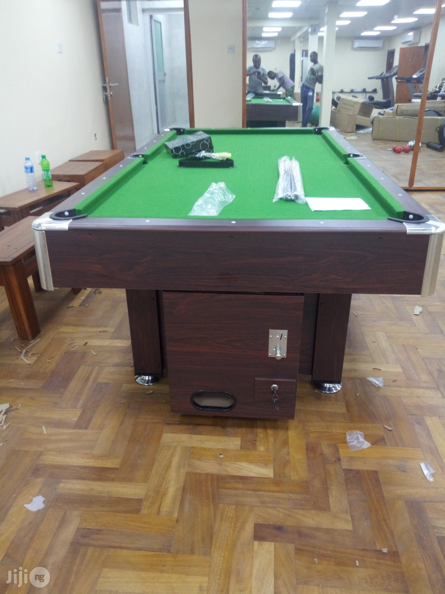Marble and Coin Snooker Board