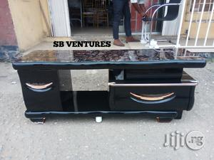 TV Stand / TV Console Foreign   Furniture for sale in Lagos State, Isolo