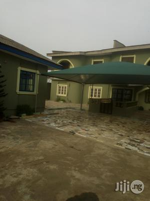 Brand New Luxurious 2bedroom Flat At Sabola Bus Stop Akesan. For Rent | Houses & Apartments For Rent for sale in Lagos State, Ikotun/Igando