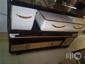TV Stand With Glass Top | Furniture for sale in Abuja (FCT) State, Gwagwalada