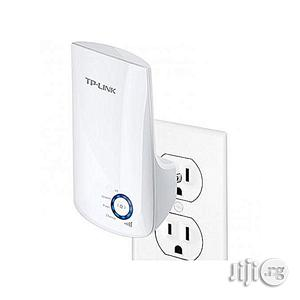 Tp-link 300mbps Universal Wi-fi Range Extender TL-WA850RE | Networking Products for sale in Lagos State, Ikeja