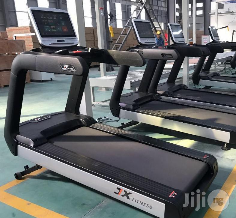 Standard 6hp Commercial Treadmill