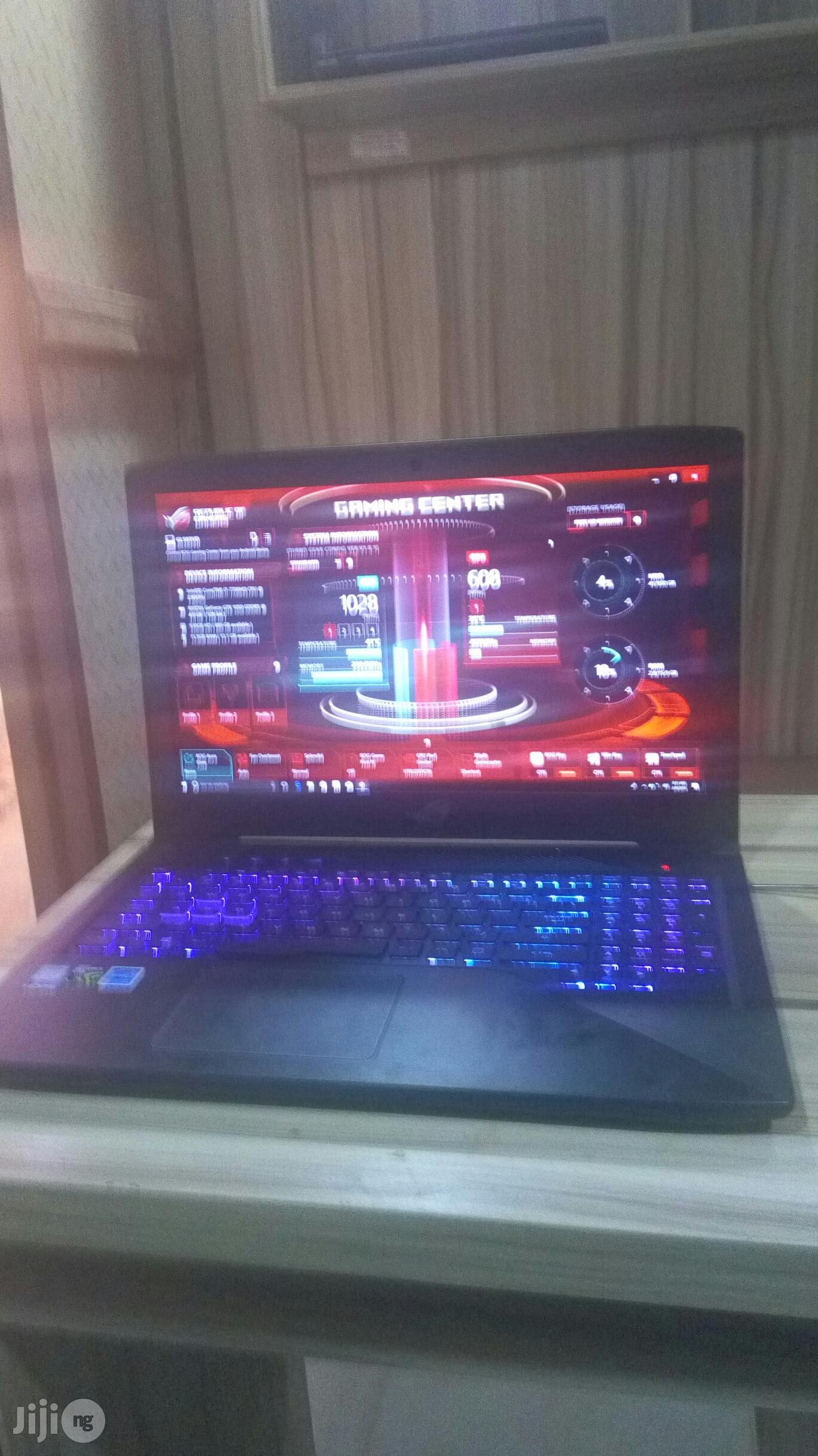 Laptop Asus ROG Strix GL503 16GB Intel Core I7 HDD 1T