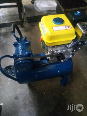 Engine Air Compressor 25ltrs   Vehicle Parts & Accessories for sale in Lagos State, Ikeja