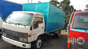 Toyota Canter 2006 White | Trucks & Trailers for sale in Lagos State, Apapa