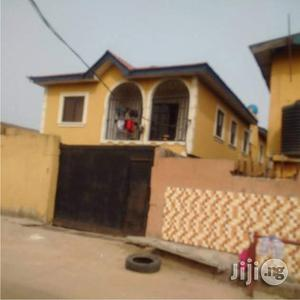 Clean & Well Built 3 Bedroom Flat At Ketu For Sale. | Houses & Apartments For Sale for sale in Lagos State, Agboyi/Ketu