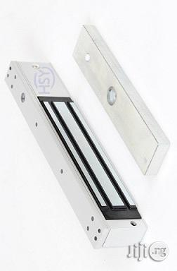 Access Control Signal Output 280kg/600ibs Single Door Electric Magnetic Lock | Doors for sale in Lagos State, Ikeja