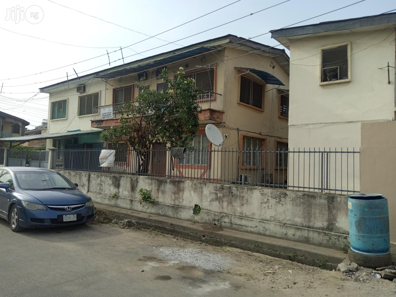 Block Of 4 Flats Of 3 Bedroom Flat At Rauf Williams Off Adelabu For Sale