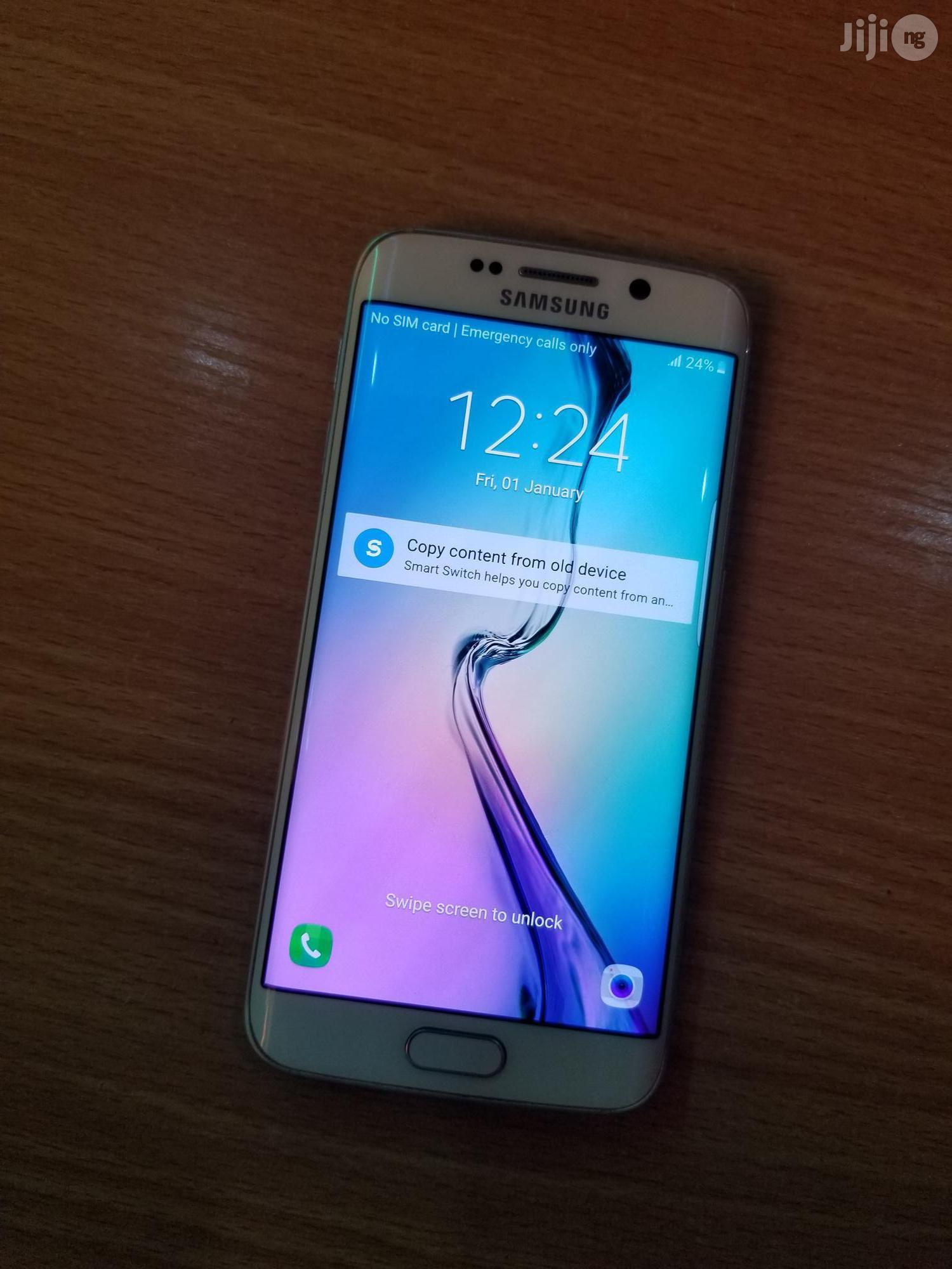 Archive: Samsung Galaxy S6 edge 32 GB White