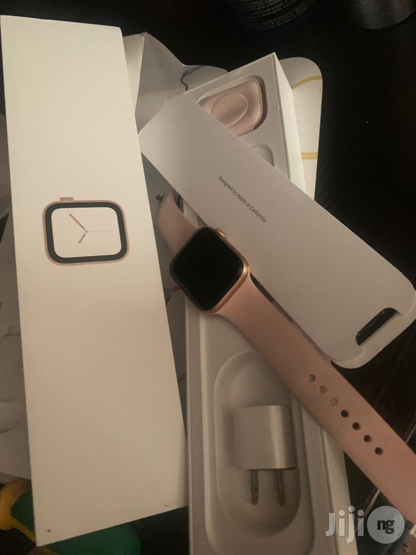 Apple Iwatch Series 6 40mm Black Strib   Smart Watches & Trackers for sale in Ikeja, Lagos State, Nigeria