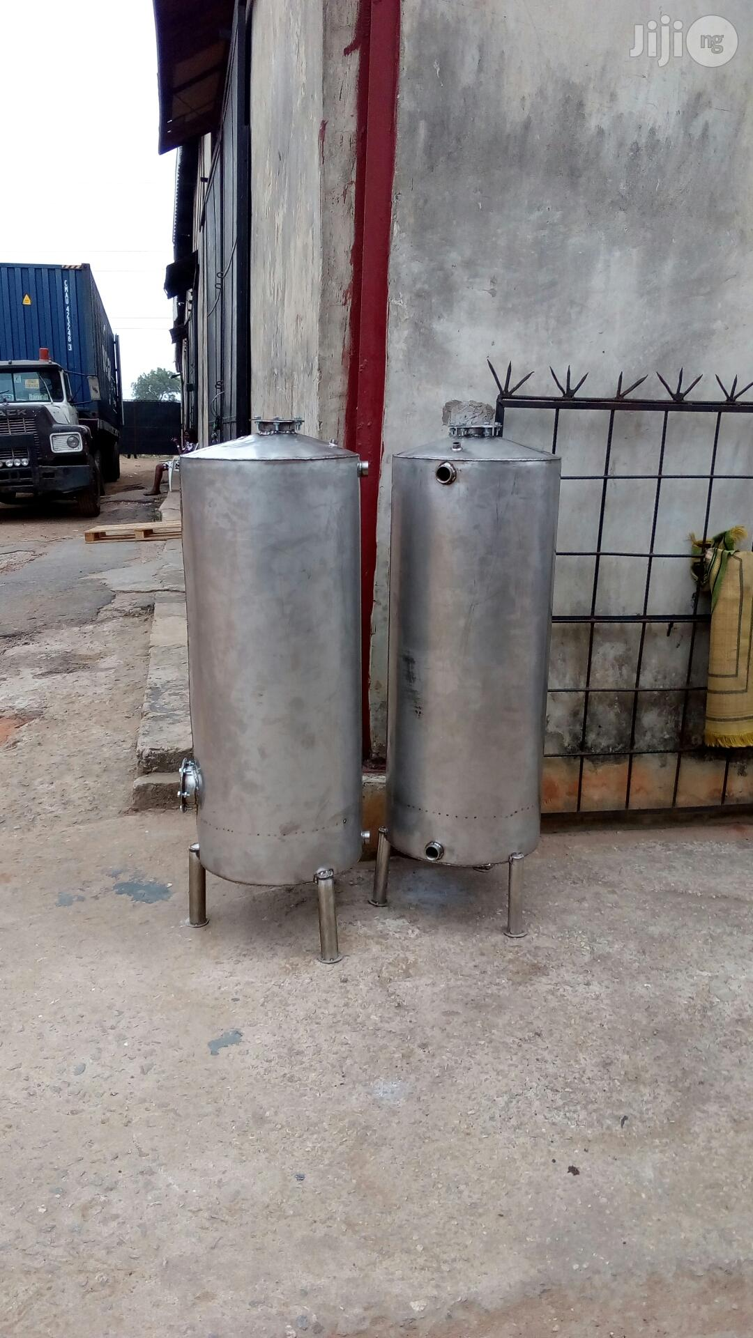 Local Stainless Water Treatment Tank