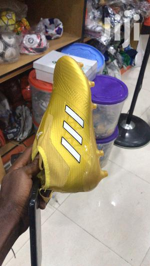 Ankle Adidas Football Boot   Shoes for sale in Lagos State, Gbagada