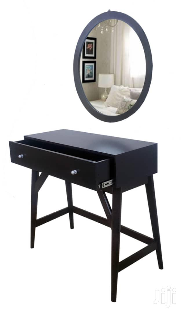 Console Table With Round Mirror
